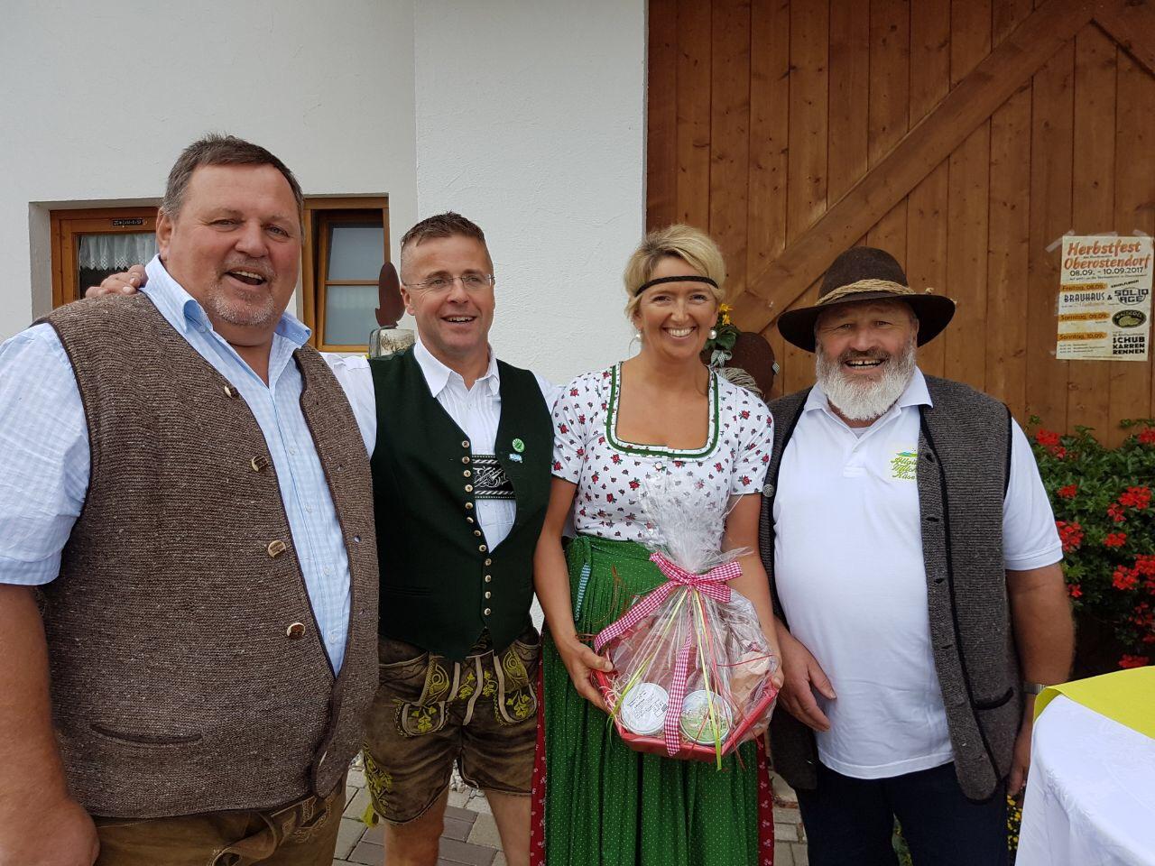 Hubert Dennenmoser (GF), Josef und Caroline Müller, Hermann Breher (VV)