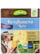 Bergbauern Käse leicht in Scheiben
